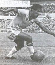 Garrincha, Brasil (Botafogo FR, Corinthians,  Atlético Junior, Flamengo, Olaria, Brasil)