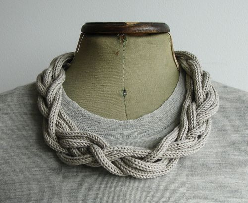 Braided i-cord necklace. via much talented A Alicia   http://www.aalicia.bigcartel.com/product/plait-necklace-hand-knitted-sea-foam-green