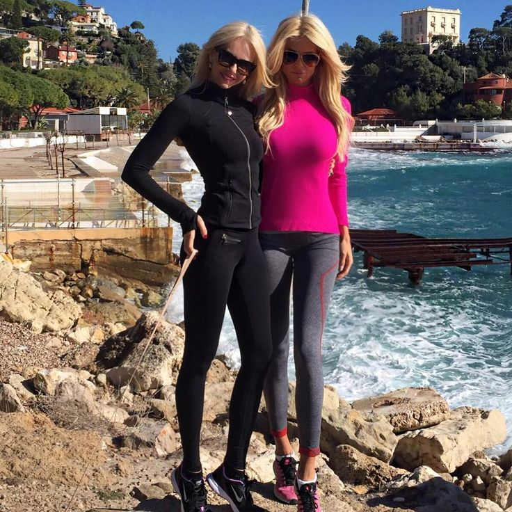 """""""Only this girl can get me up early for a morning hike @amandacarolinecronin """""""