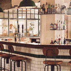 Bar & bistro Drinx : Reykjavik local bar & pub : KEX hostel #MyEscapeCompetition