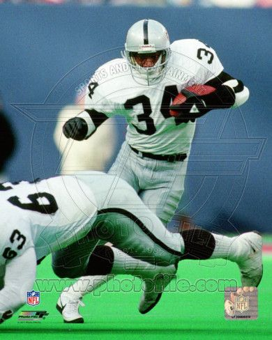 I would love to meet my dad's idol, Bo Jackson.  He played both professional football and baseball.