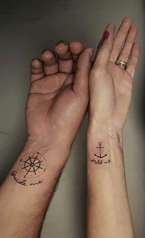 TATUAGGIO DI COPPIA ANCORA E BUSSOLA , tatuaggi di coppia