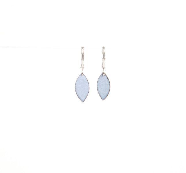 Ohrringe Emaille Kupfer hellblau navette von Emaillekönigin- handgefertigter Schmuck aus Feueremail auf DaWanda.com