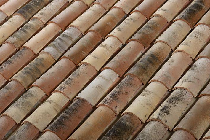37 best images about maintenance de la maison on pinterest for Pose tuile canal sur muret