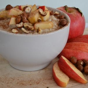 Apple Cinnamon Oatmeal - A bowl of oatmeal can be a great start to your day, especially in the months of cooler weather.