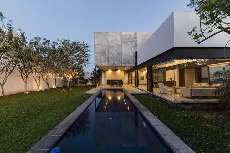 Gallery of House ALTABRISA / Boyancé Arquitectos - 1