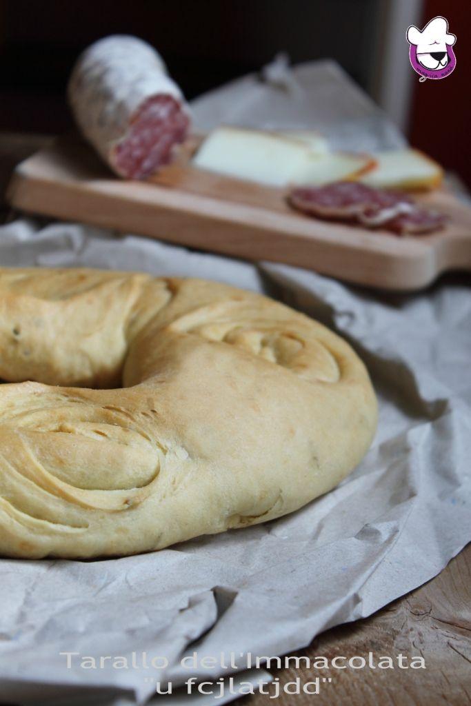 """Portiamo avanti le tradizioni !!!! """" Il Tarallo dell'Immacolata """"u fcjlatjdd"""", un pane tipico lucano rustico e profumato   http://blog.giallozafferano.it/sognandoincucina/il-tarallo-dellimmacolata-u-fcjlatjdd/"""