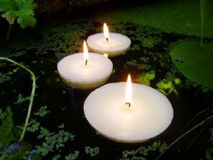 4 inch Floating Candle for Pools, Ponds