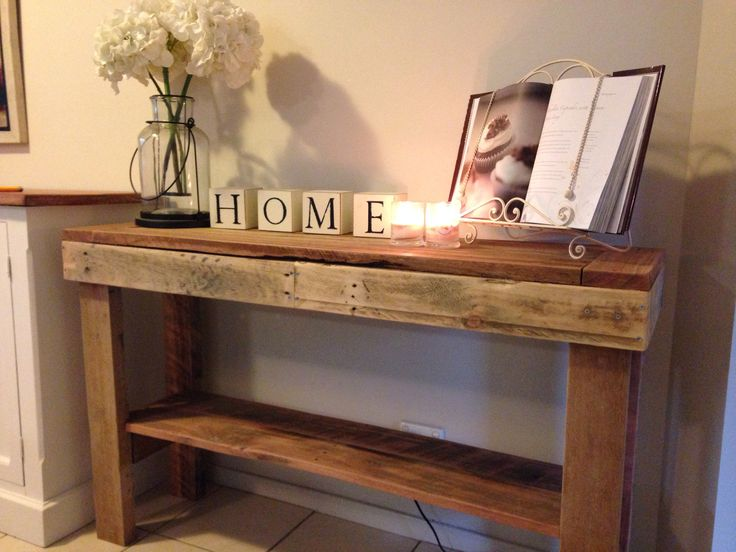 Pallet Hall table !
