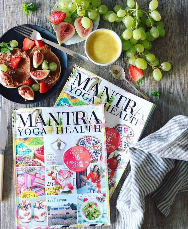 Finally avegan, yoga + wellness mag @mantramagazine, packed withveganrecipes, herbs for healing, superfood smoothies and cruelty-free beauty. Now on stands nationally in the U.S. at every major grocery store + Target. Make sure you grab your copy today at @wholefoods @sprouts @earthfare @mothersmarkets @vitamincottage, @target @safeway @publix @krogerco @harristeeter @erewhonmarket @ralphs @vons @meijerstores @king_soopers @bristolfarms @gianteagle, etc. Photo by Chloe…