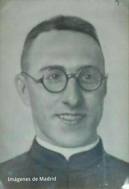 El padre Huidobro de la S.J.  Capellán de la Legión, muerto  atendiendo a los legionarios en 1937