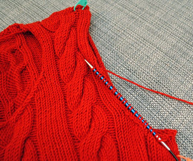 How to knit seamless set-in sleeves from the top down