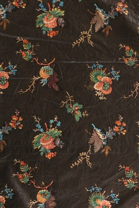 Late 18th century chintz block-printed capelet. (textile detail)