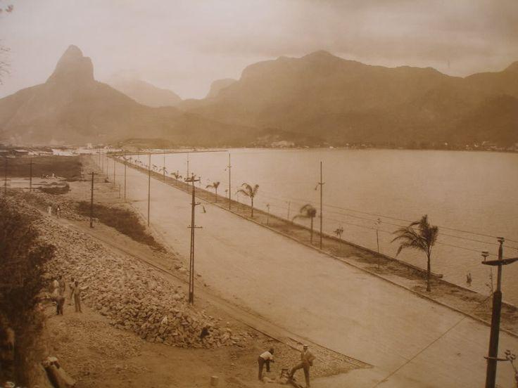 Thread Memória II – Rio de Janeiro RJ – Fotos antigas do Centro, Copacabana, Ipanema, Botafogo, Flamengo, São Conrado e o registro de um momento ápice na história do Brasil - SkyscraperCity