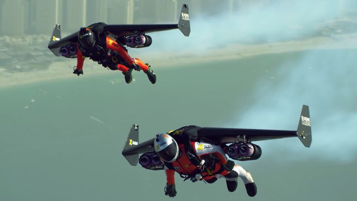 Two crazy people flying jetpacks over Dubai (video)