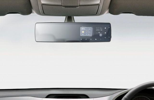 ルームミラーがナビ。 パイオニアが、国内初となるLTE搭載のミラー型車載機器を開発しています。ルームミラーでありながら、ニュースや渋滞表示などクラウドサービスを活用したさまざまな機能を搭載。音声対話