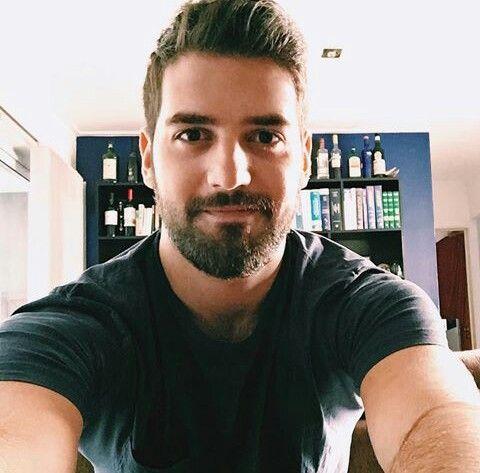 Um Dos Homens Mais Bonitos Selfie Pinterest Bonito