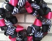 zebra wreath i want i want i want!!!