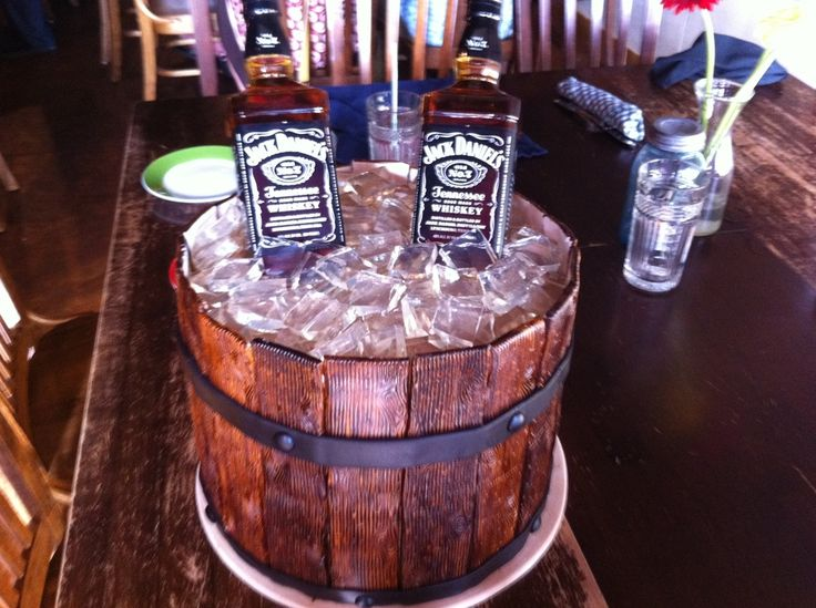 JACK DANIELS CAKE | Barrel of Jack Daniels — Groom's Cakes I will be doing this for my future hubby!!