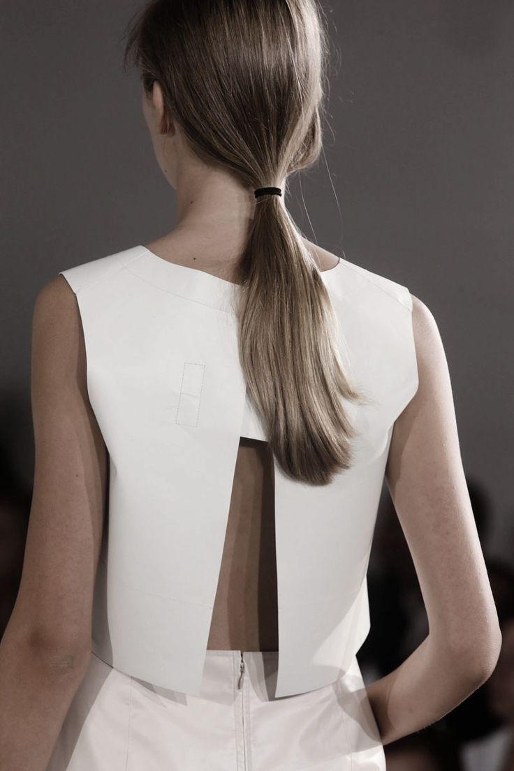 nos 50 id es pour s attacher les cheveux femina rtw. Black Bedroom Furniture Sets. Home Design Ideas