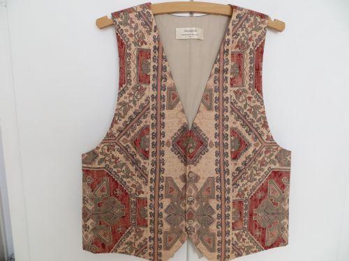 Peach Claret Mens Waistcoat 38-40 Aztec design. £34.99
