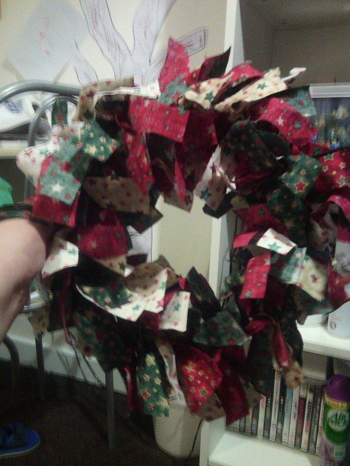 christmas rag wreath - 1st attempt