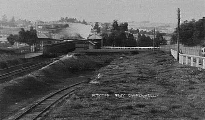 E Cambwell c1907 view east. centre fence is outer circle going under main line SLV