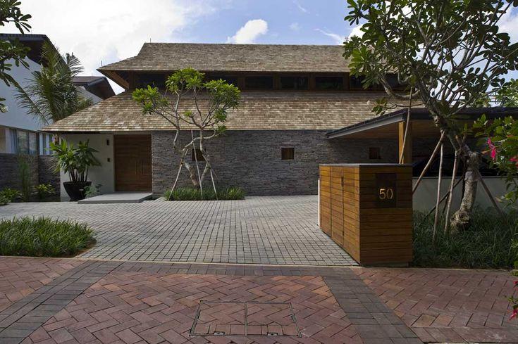 Lakeshore Sentosa House by BEDMaR & SHi
