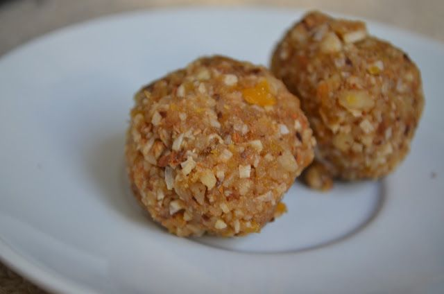 Forever Nutrition: Apricot, prune and nut balls