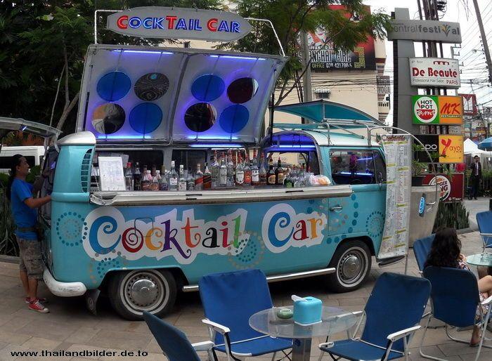 Umgebauter VW Bus Cocktail Car in Pattaya