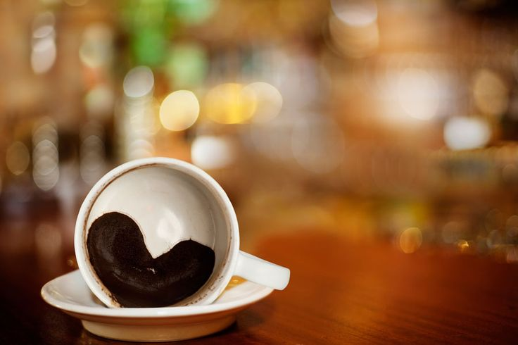 ***¿Qué hacer con el Café Usado?*** Aroma, seguridad, belleza, salud… hay muchos usos del poso de café que tal vez desconoces, ¡pero que podrás aprovechar siguiendo estos consejos!....SIGUE LEYENDO EN...... http://comohacerpara.com/que-hacer-con-el-cafe-usado_18138h.html