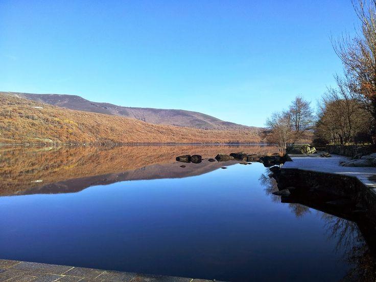 http://konhans.blogspot.gr/2014/05/sanabria-where-calm-beautiful-lake.html