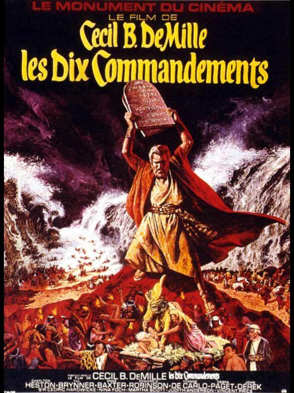 Les Dix Commandements , film de Cecil B. DeMille sorti en 1956. Ce péplum raconte l'histoire de Moïse avec la libération des esclaves Hébreux en Egypte , son opposition  contre le pharaon Ramsès II ainsi que la remise des tables de la loi et le chemin vers la terre pomise. Les Dix Commandements a été tourné sur place en Egypte et dans la péninsule du Sinaï (péninsule égyptienne).