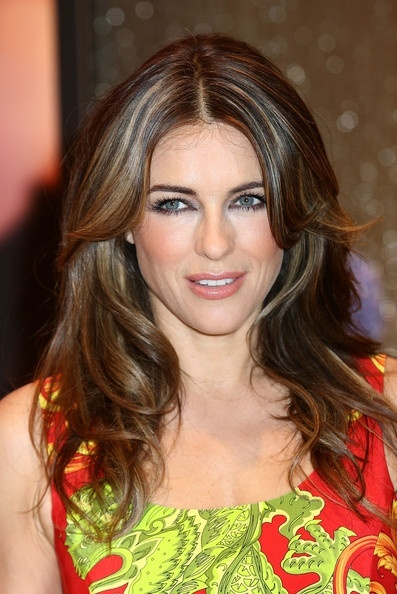 pin up hair styles elizabeth hurley layered cut hair and me 4791