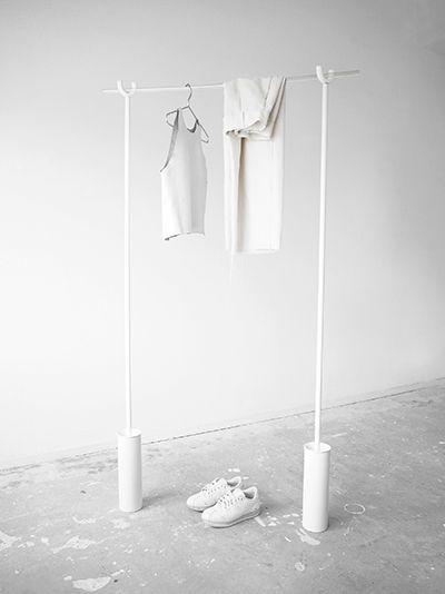 DIY / The Studio Clothing Rack