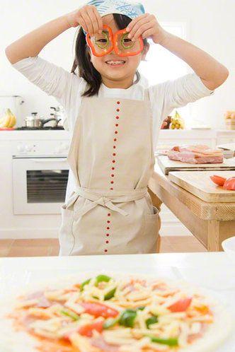 【nanapi】 cookpad.com「今日のごはんは何にしよう」「レシピのレパートリーを増やしたいけれど、たくさんありすぎて選べない」毎日料理を作っていると、ふとこんなことを考える機会も多いのではないでしょうか?そこで、ここでは「はてなブックマーク」で1000はてブ超えの人気レシピを紹介し...