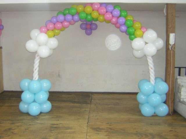 Decoraci n con globos para fiestas infantiles 15 a os for Cubre sillas para 15 anos