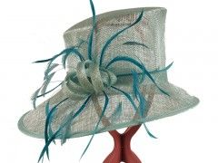 Kate Hat - Hat Borrower - Hat Hire Gloucestershire