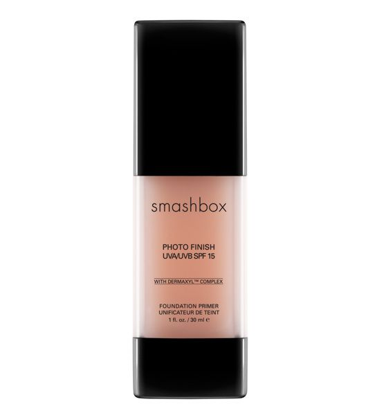 Photo Finish More Than Primer Blemish, Smashbox http://www.vogue.fr/beaute/shopping/diaporama/bases-de-belle-peau-peau-photoshop-peau-parfaite/14645/image/808244#!belle-peau-photo-finish-more-than-primer-blemish-smashbox