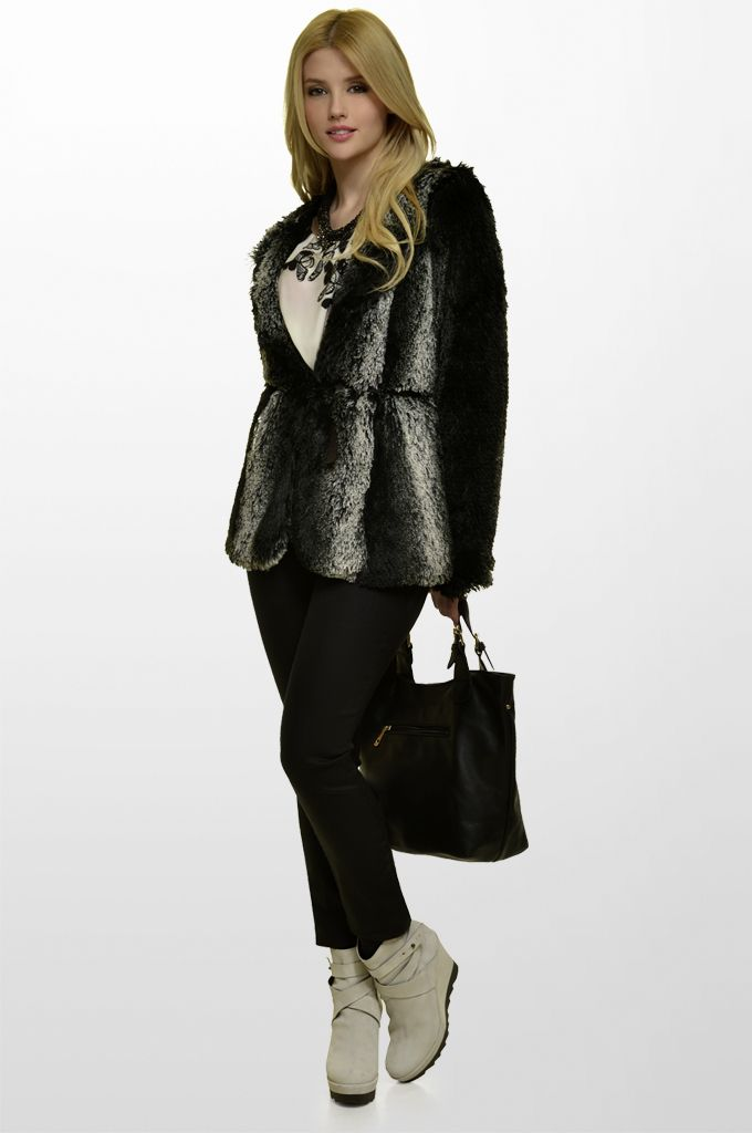 Sarah Lawrence - fake fur long sleeve overcoat, draped printed top with belt, straight leg denim pant, beaded necklace.