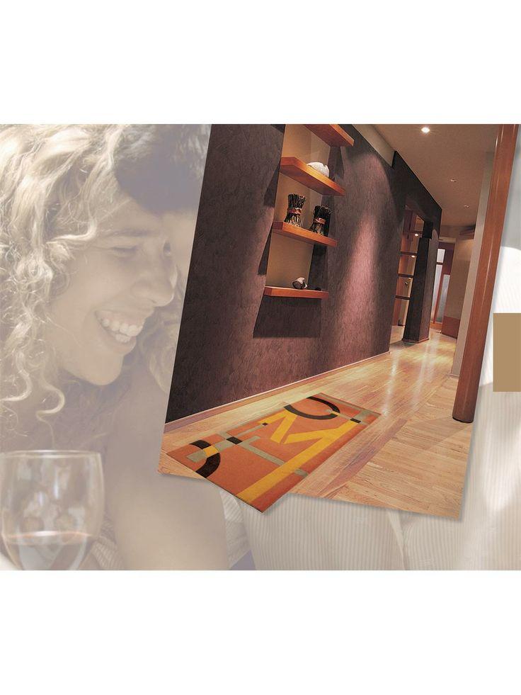 http://www.benuta.de/fussmatte-living-mats-letters-multicolor-1-2.html Beliebt wegen ihrer vielseitigen Verwendungsmöglichkeiten und pflegeleichten Eigenschaften passen sich die LIVING MATS mit ihrem rutschfesten vollflächig gummierten Rücken ganz individuellen Bedürfnissen an.