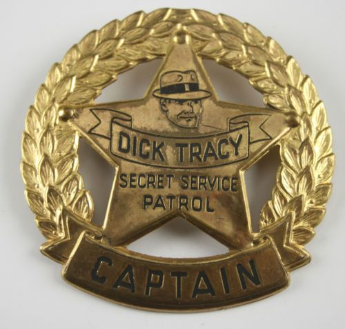 Dick Tracy Badge 75