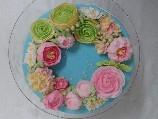Flores de glacé real. Rosas y peonías.