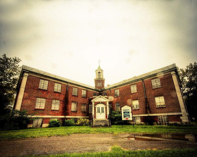 8 of the world's most terrifying haunted asylums