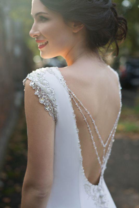 Darline bruidsjurk #trouwjurk #trouwjurk lage rug #weddingdress Tanya Grig bridal