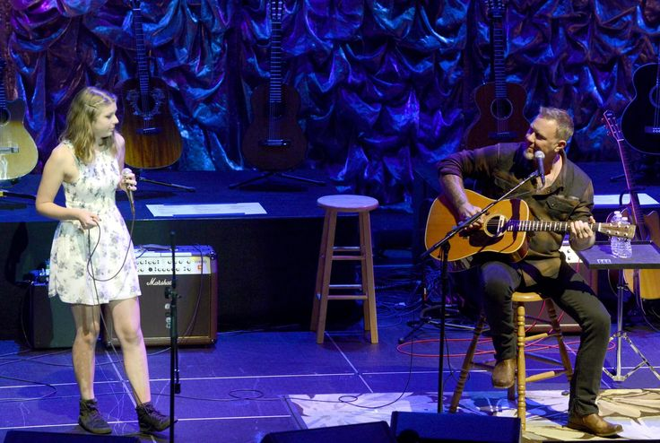 """Hetfield is noticeably beaming as Sammy Hagar – who doubled as emcee for the evening – escorted his oldest daughterto the stage to perform the 19 track.  """"Say hi to my beautiful daughter Cali,"""" Hetfield told the crowd."""
