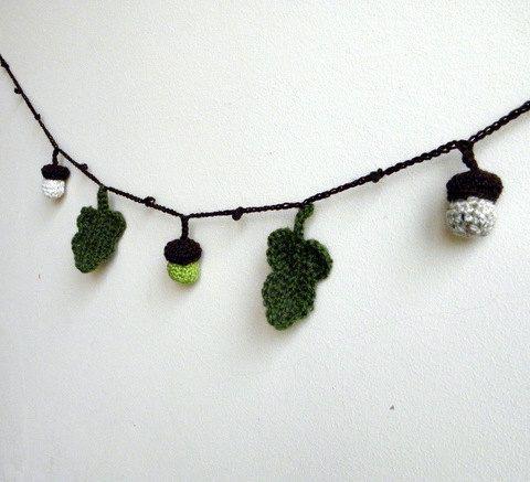 PDF crochet pattern - Acorn holyday decoration - DIY tutorial - Quick and easy crochet ornaments