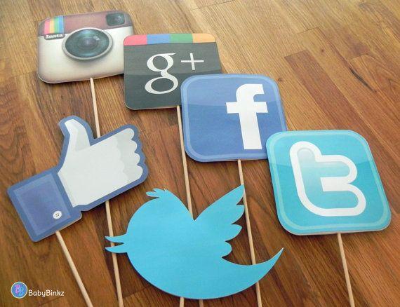 social media birthday party | Photo Props: The Social Media Set (6 Pieces) - party wedding birthday ...