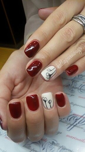 #nails #nailart #minimalnails #wintermood #handmadenailart