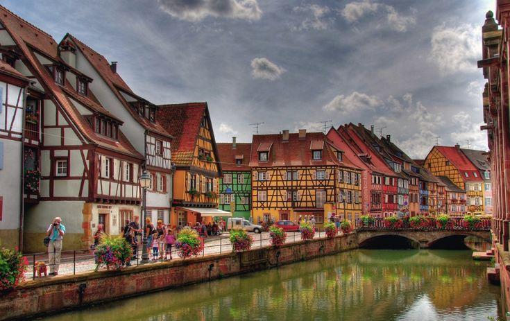 Расположенный в Эльзасе город Кольмар — это уникальная смесь французской и немецкой архитектуры, культуры и духа.